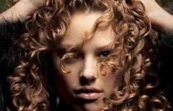 Для того чтобы волосы не выглядели безжизненными