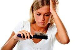 Как справиться с выпадением волос в домашних условиях?