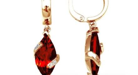 Серьги с рубином — для красоты и удачи в делах!