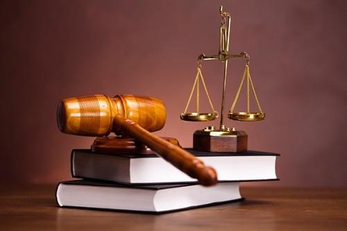 advokat-po-moshennichestvu-v-moskve-500x333