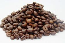 Как выращивают и получают готовые зерна кофе в нашу современность