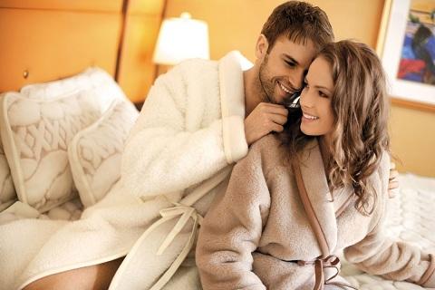 Каким должен быть идеальный махровый халат и где его купить?