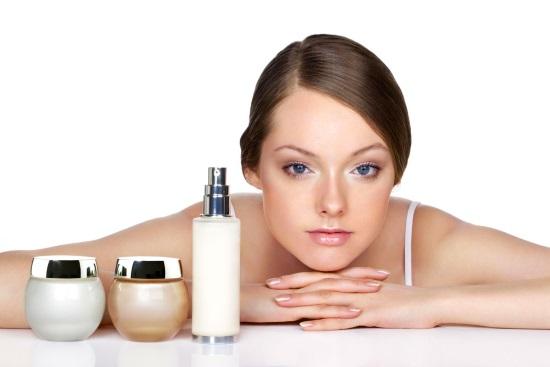 1392920140_professionalnaya-kosmetika-dlya-lica-s-gialuronovoy-kislotoy