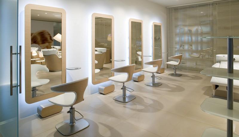 Как не ошибиться при выборе парикмахерского кресла для клиента?