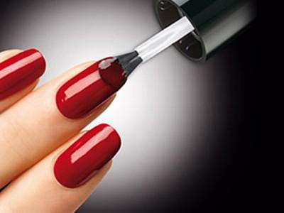 Какими преимуществами гель-лаки отличаются от простых лаков для ногтей