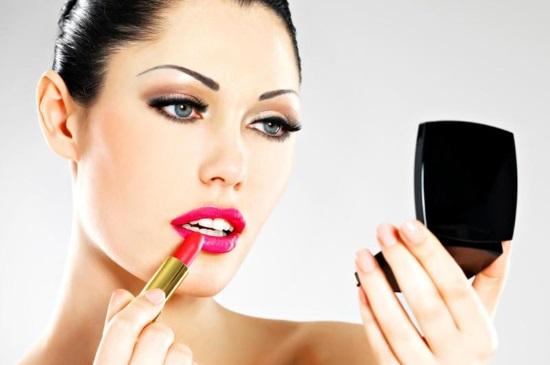 Что нужно знать о профессиональной косметике
