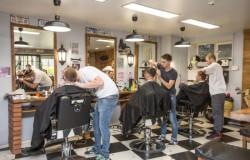 Какими особенностями барбершопы отличаются от обычных парикмахерских