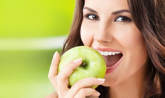 Какие продукты нужно употреблять, чтобы сохранить здоровье зубов