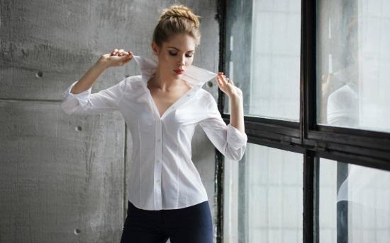 Как выбрать женскую блузку по типу фигуры