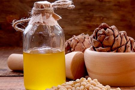 Натуральные масла и крема на основе стружки кедра и осины от компании Кедровик