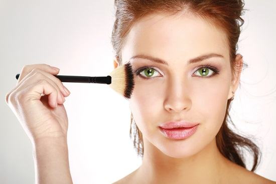 Как правильно выбирать декоративную косметику