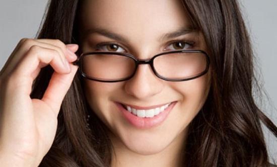 Как правильно выбрать очки для коррекции зрения