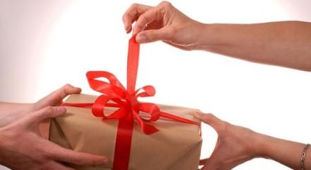 Какой выбрать сувенир в подарок