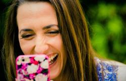 Портал Fun-Cards.net предлагает лучшие звуковые подравления для родных и друзей