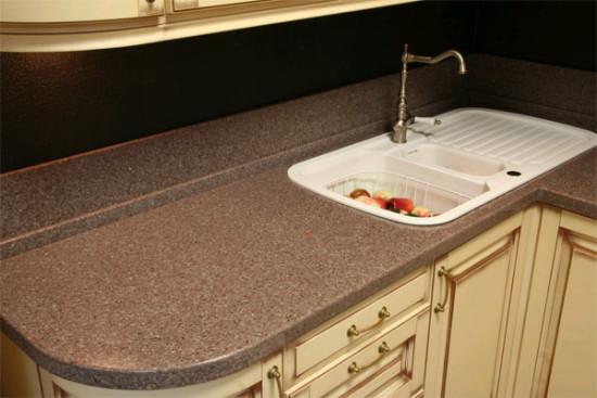 Столешница для кухни - важная деталь в помещении