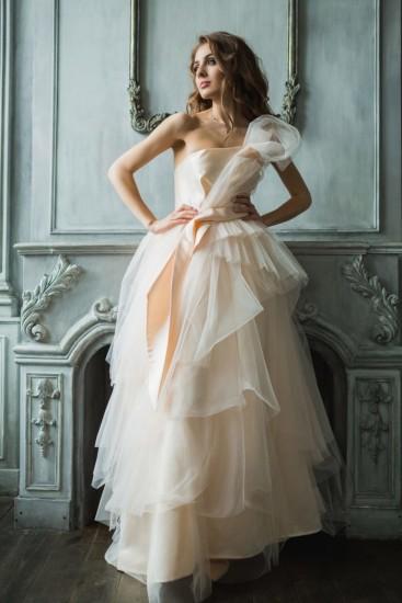 Бальное-свадебное-платье-768x1152