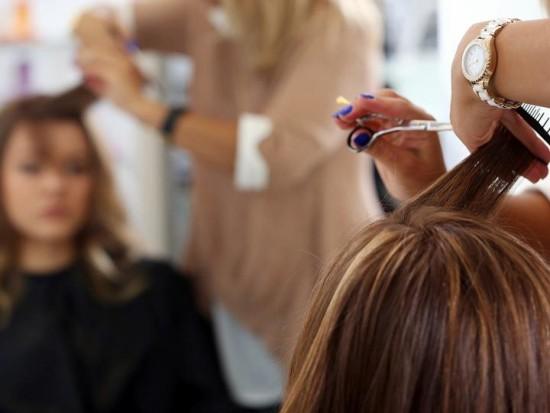 Что собой представляют курсы парикмахеров?