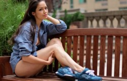 Женские кеды: какими они бывают и с чем их носят