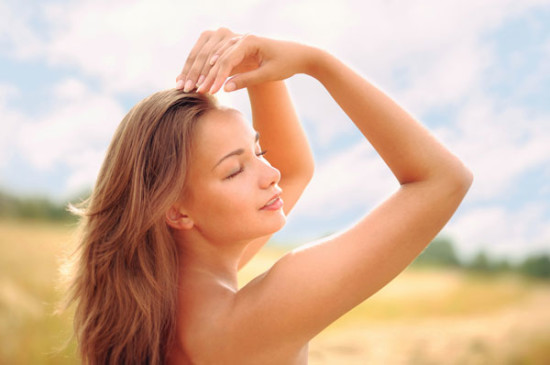 Советы по уходу за волосами в летний период