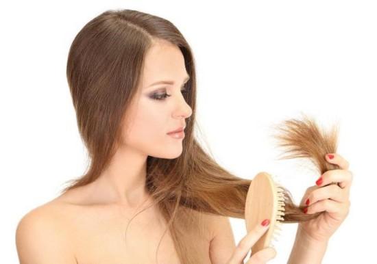 Универсальные советы, которые помогут вам сохранить здоровье волос зимой
