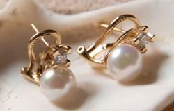 Правила покупок: как выбрать женские украшения с камнями?